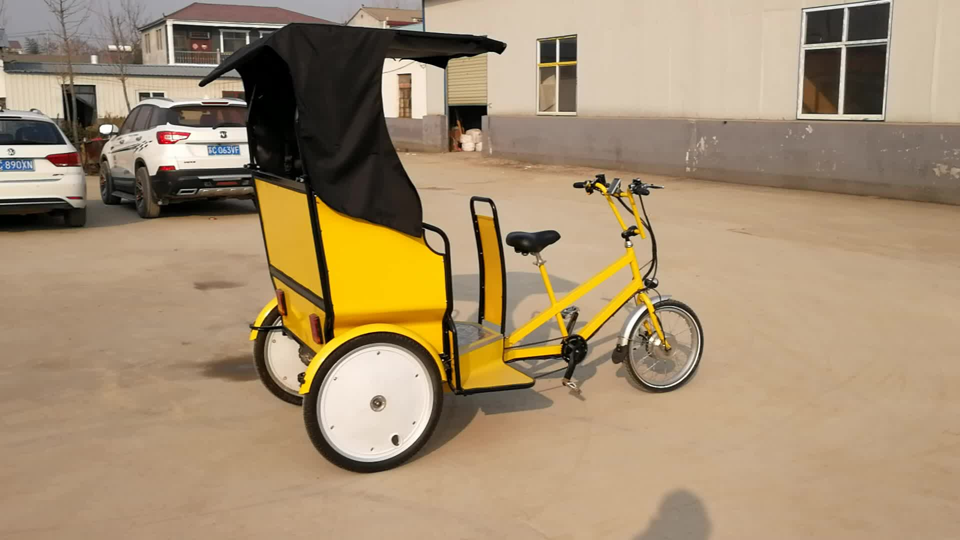 תלת אופן חשמלי סגור הפופולרי ביותר סוללה מטען דופנית ריקשה שלושה גלגל אופני