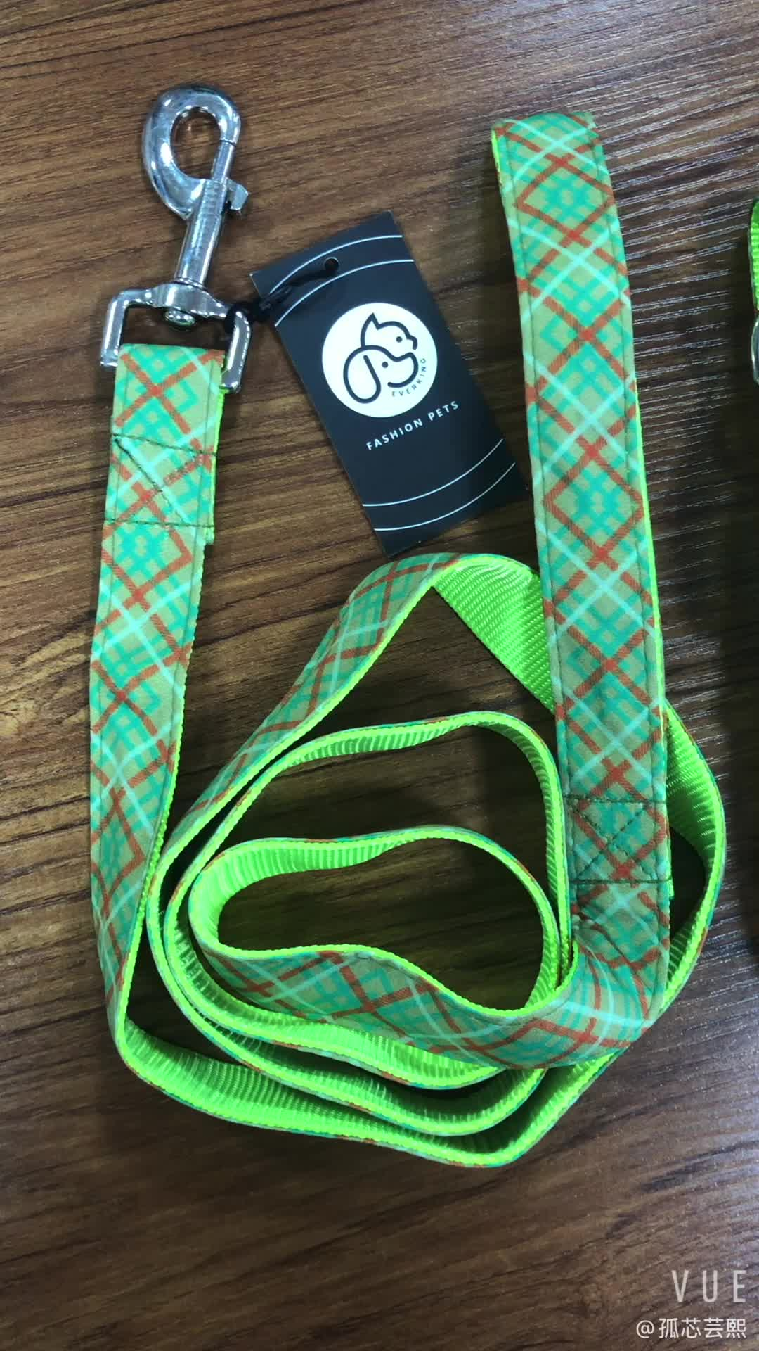 Customizable Cotton Printed Retractable Dog Collar wholesale supplier