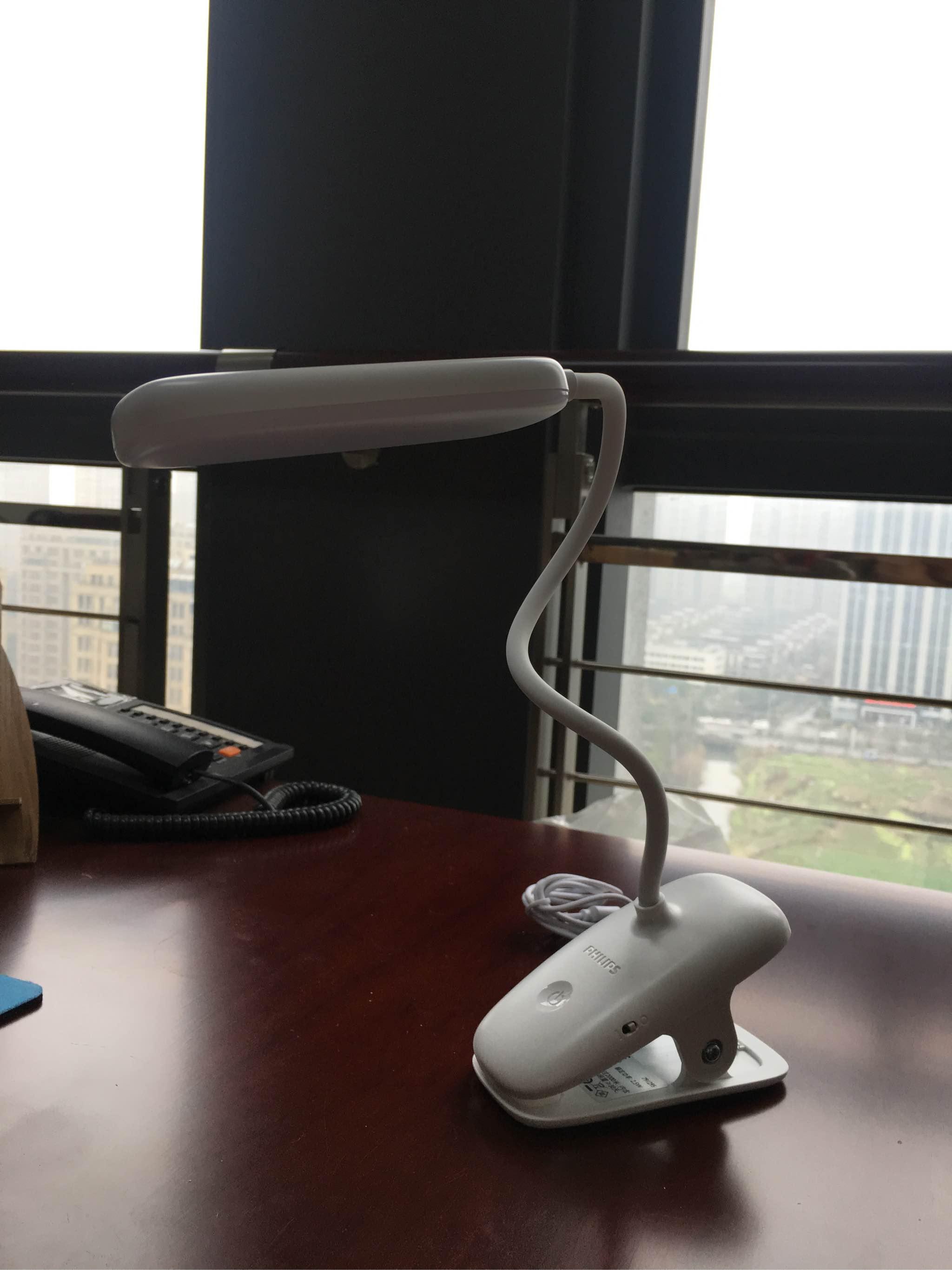 飞利浦照明LED夹式充电台灯值不值得买怎么样?使用体验如何