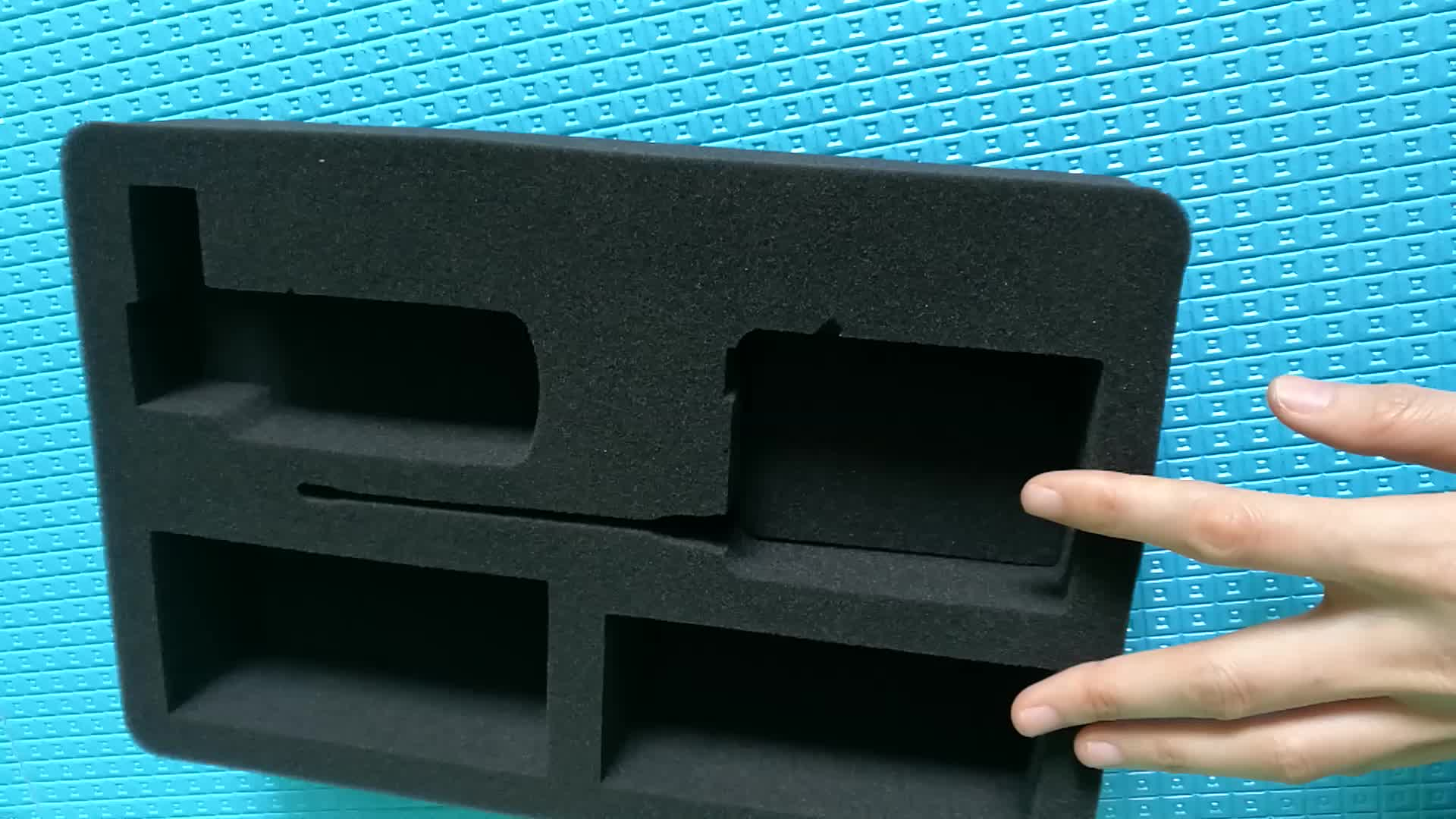 Custom size sponge packaging gift box with PU sponges foam insert