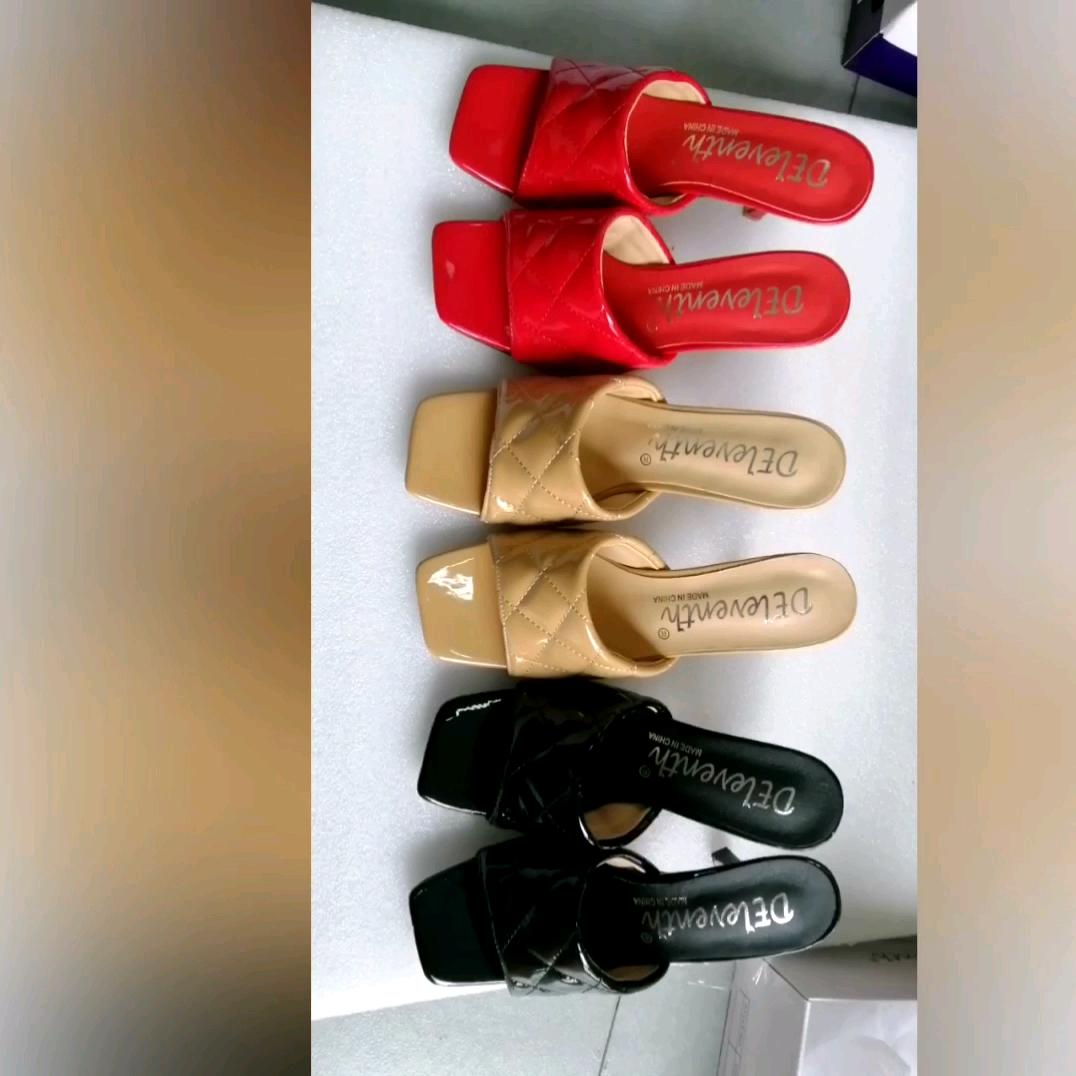 2020 г., последняя мода, пикантные женские туфли на шпильке с Аргайлом пикантная женская обувь с квадратным носком босоножки на высоком каблуке
