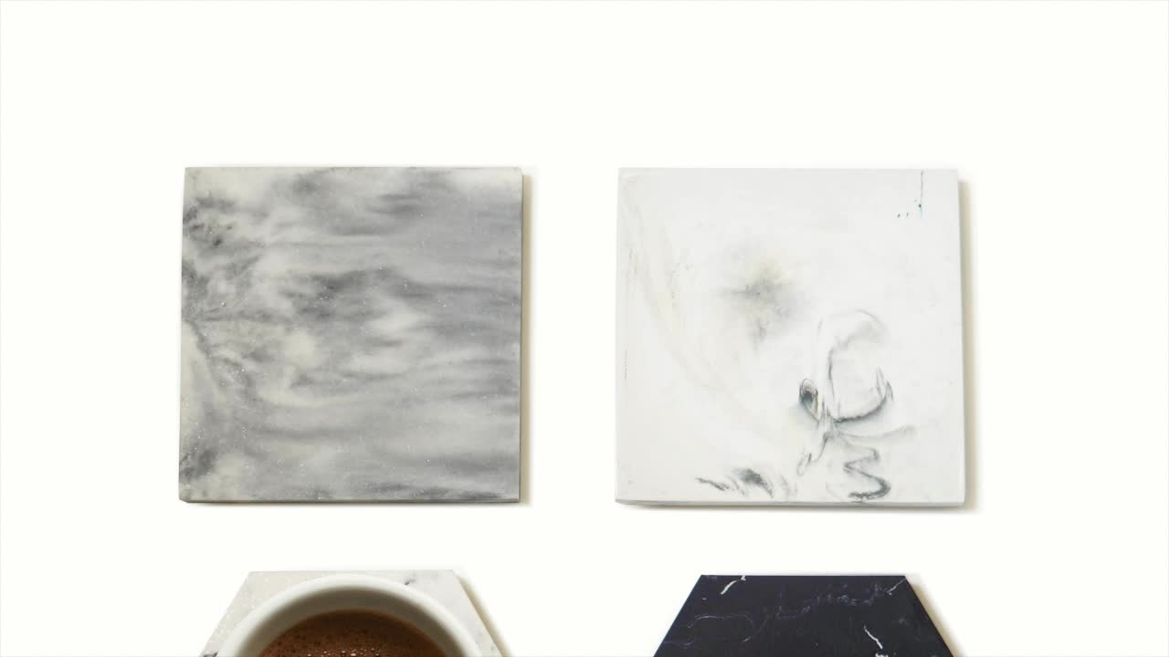 Suanti 4PCS polyersin swirl coaster table wine coffee cup mat tea drink resin marble coasters set