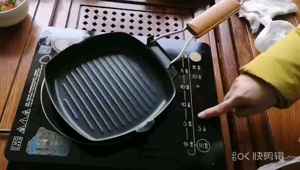 Promotional Cast Iron Electric Grill Pan With Wooden Handle