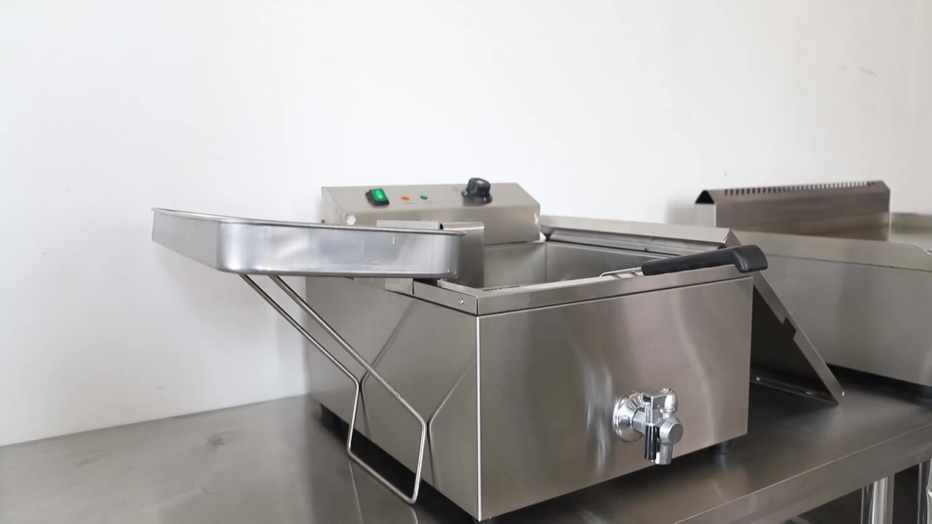 Professional Kitchen Equipment Deep Electric Chicken Fryer Of CHINZAO Brand
