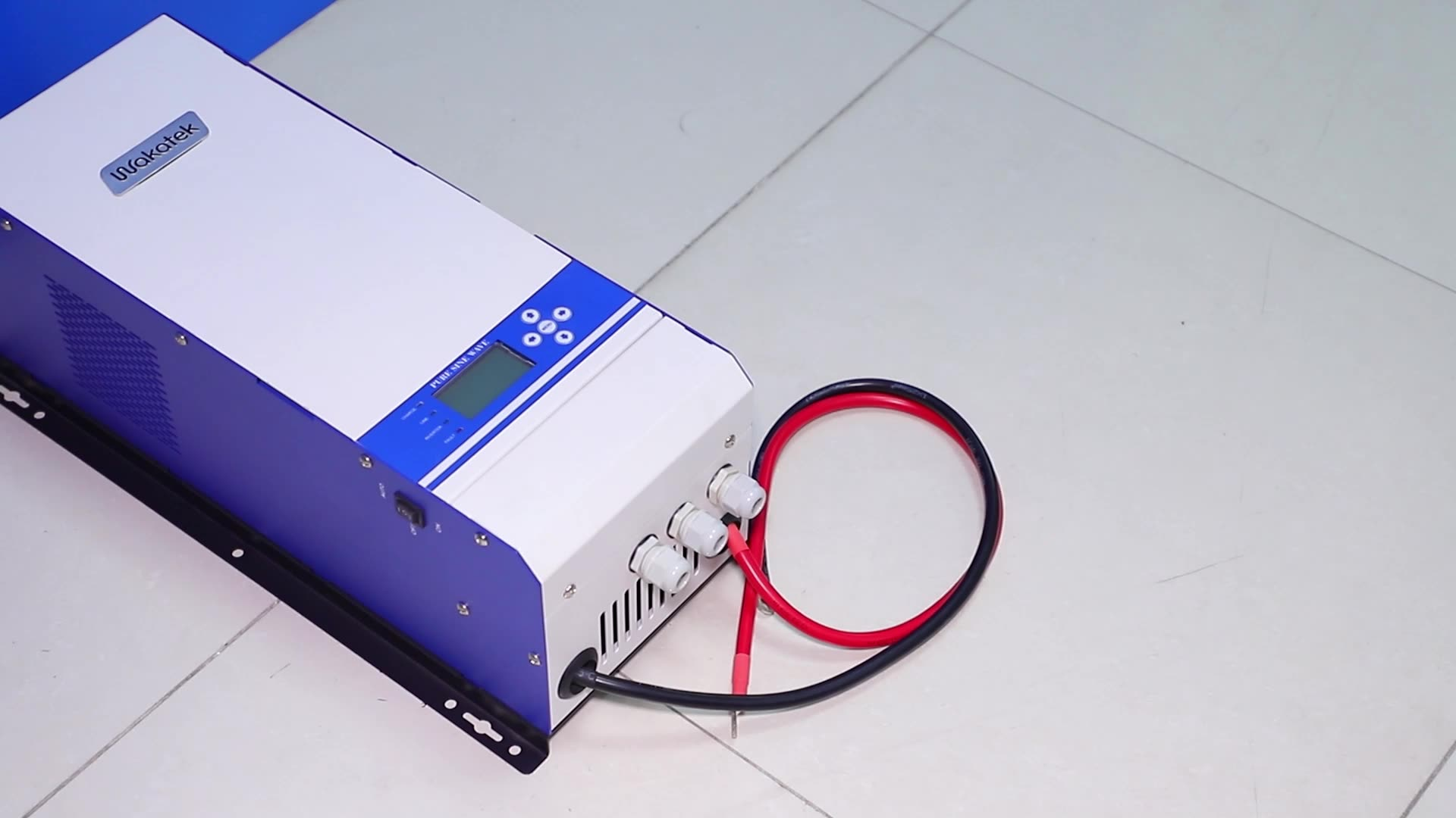 Wakatek 12v 24v Hybrid solar power inverter 2kw power inverter solar products for south africa 110v 220v