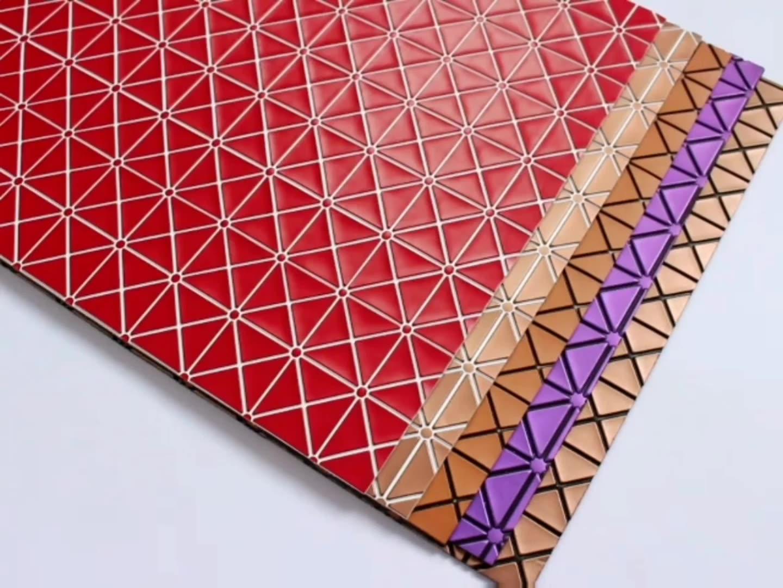 2020 Desain Baru Emboss Printing Pvc Kulit Faux Kulit Supplier Poliester Kulit Buatan untuk Tas
