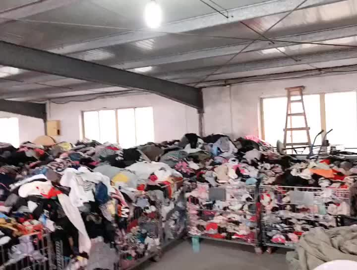 cheaper factory china second hand mens clothing used clothes in bales