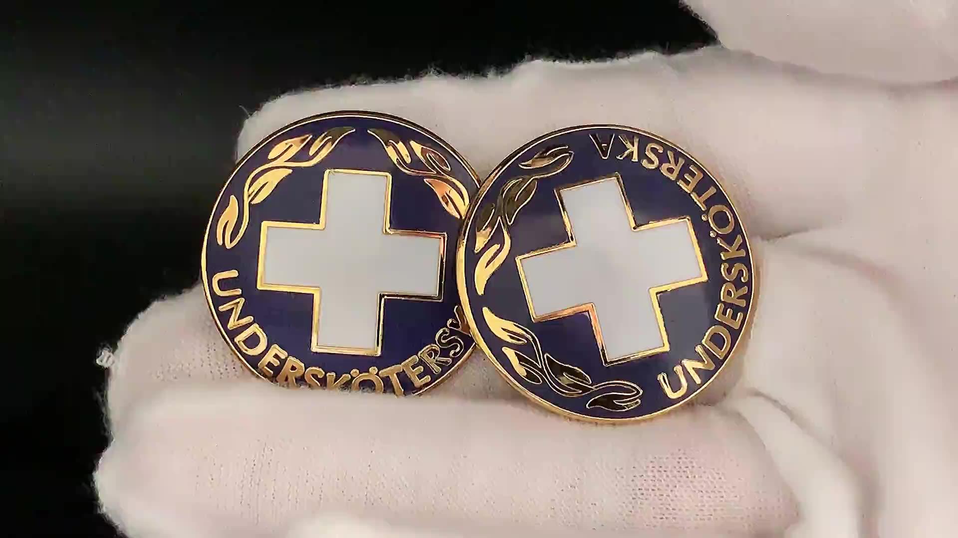 Nuovo prodotto Croce Rossa Ospedale loghi in lega di zinco in ottone materiale duro smalto perni del risvolto badge