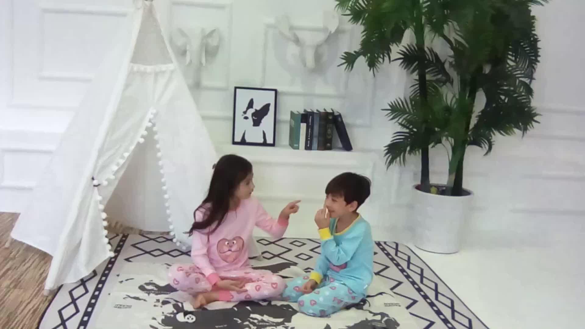 Manica lunga Dolce Pajamas Set di Abbigliamento Per Bambini Primavera di Stampa Migliore Qualità di Usura di Sonno