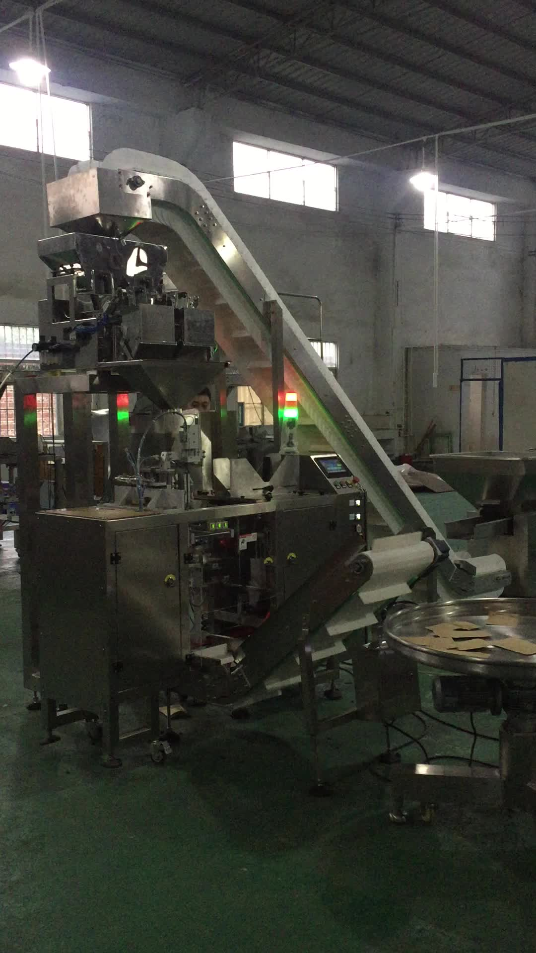 Custom packaging solution combinates filling machine elevator and mini doypack packaging machine for packing beans grains