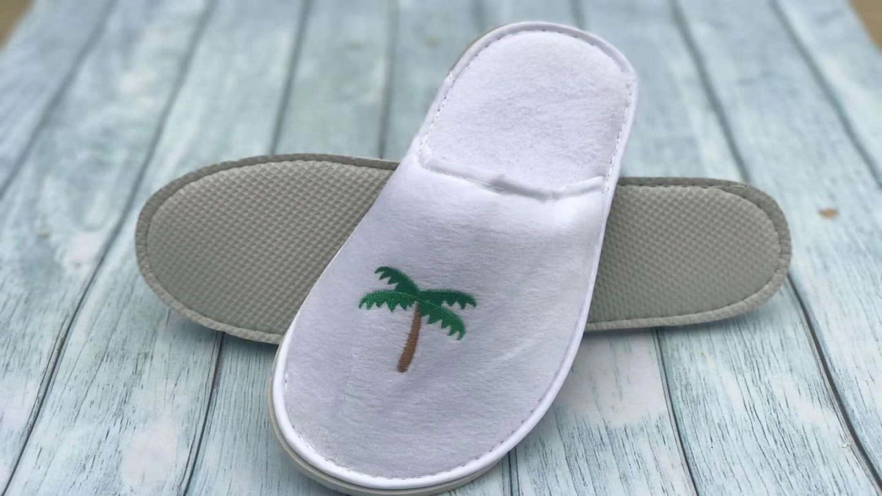 Fluffy Female Custom Disposable Slippers For Men And Ladies