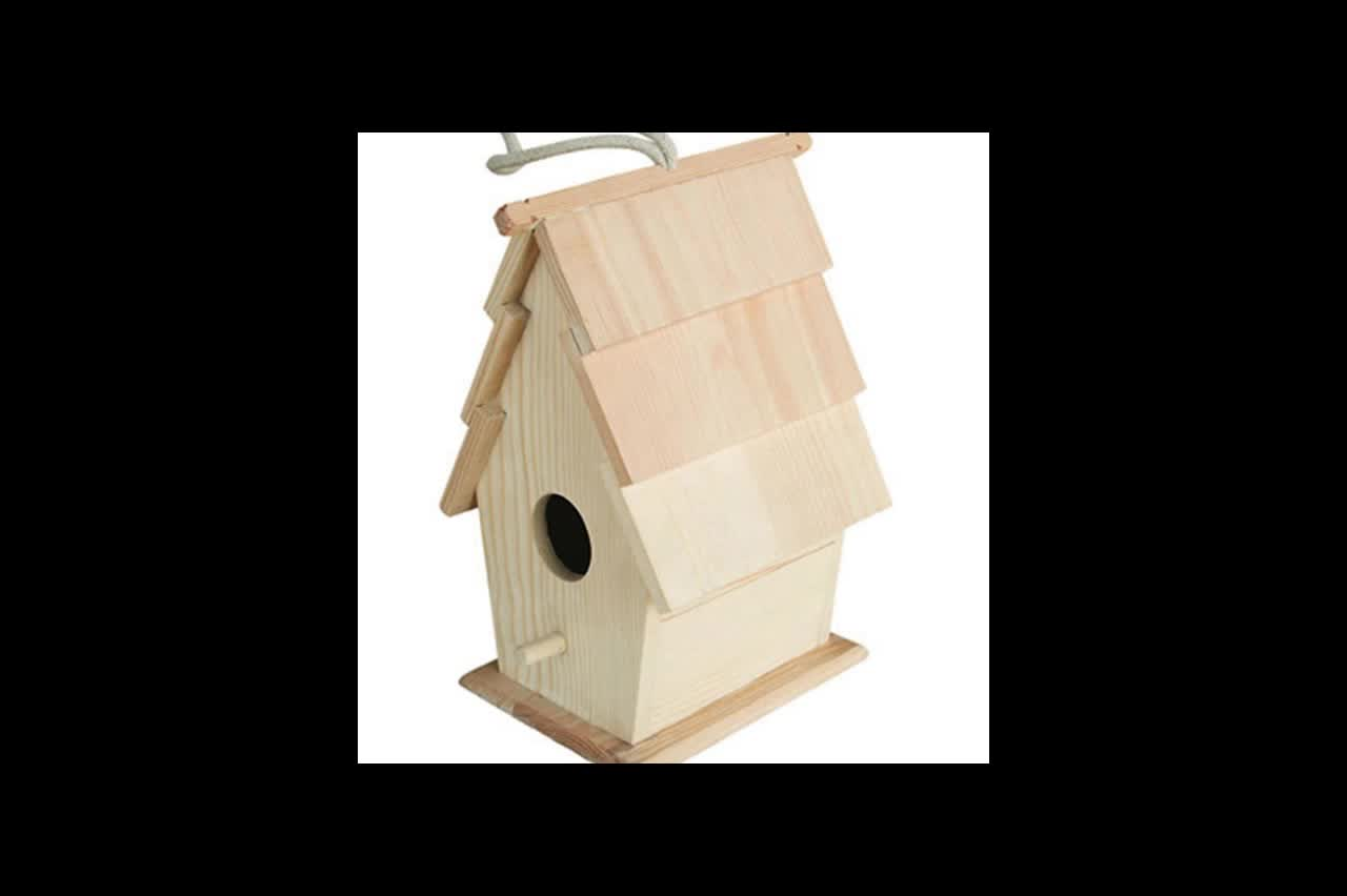 Classic style home decor natural wood bird house