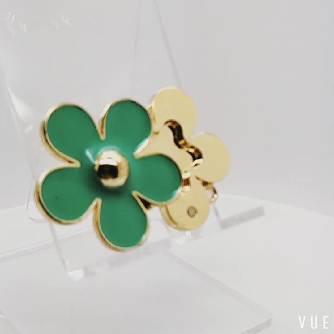 Green Color Flower Shape Solid Perfume Box Pendant