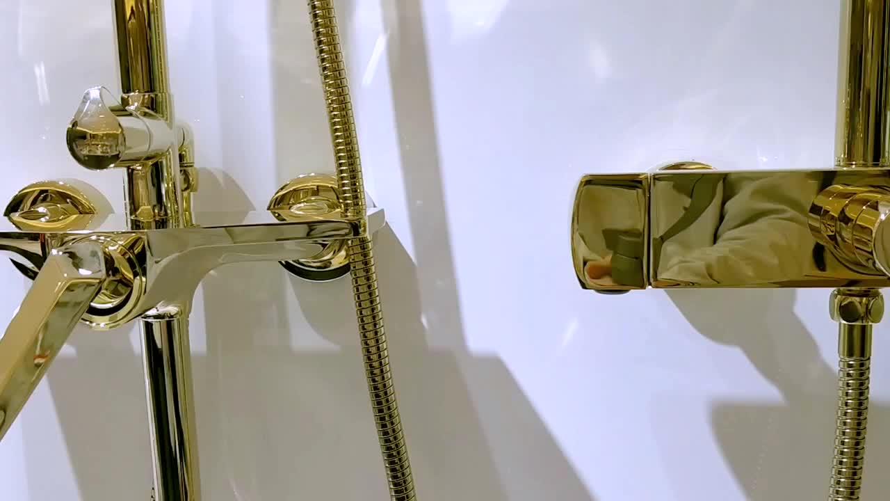 Bak Mandi Air Panas Chrome Perunggu Wall Shower Keran Emas Set