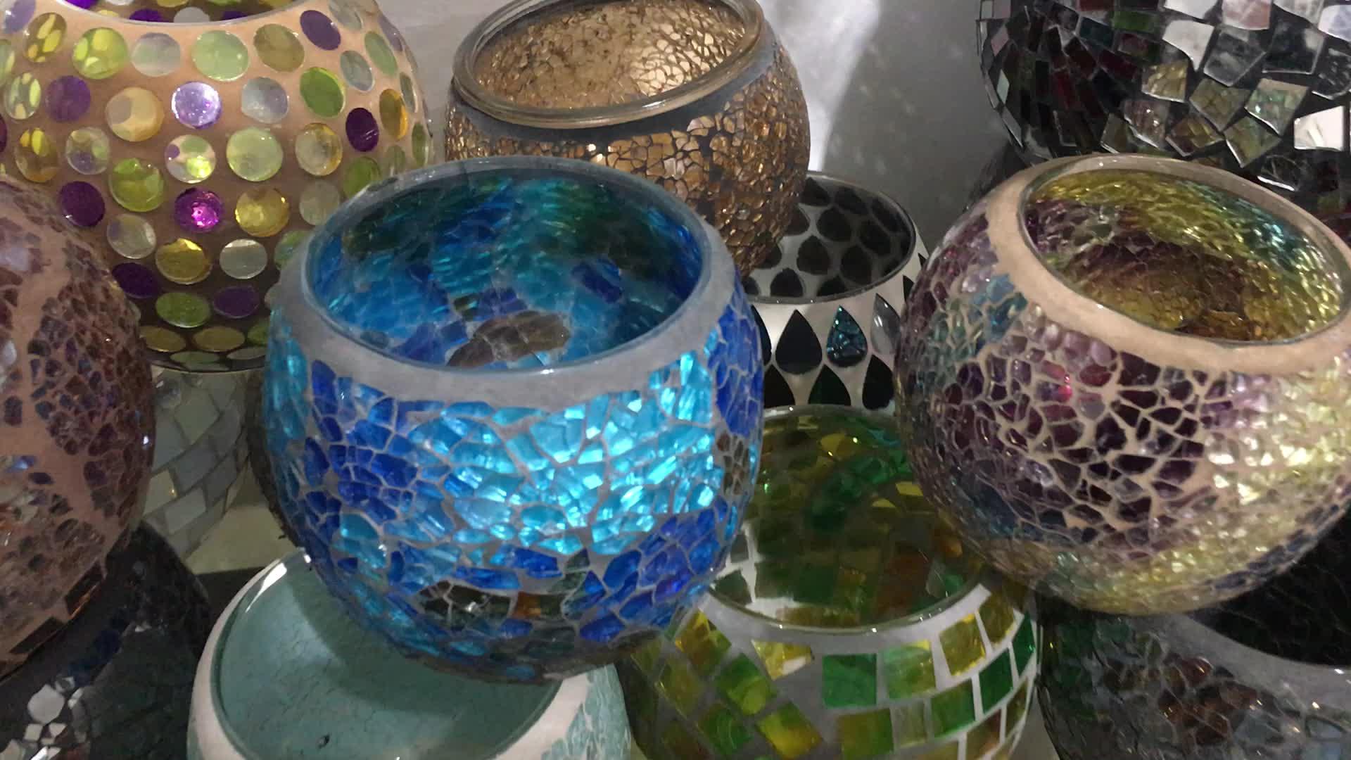 Venta al por mayor color de la mezcla europea de mosaico de vidrio hecho a mano titular de la vela en agrietado forma