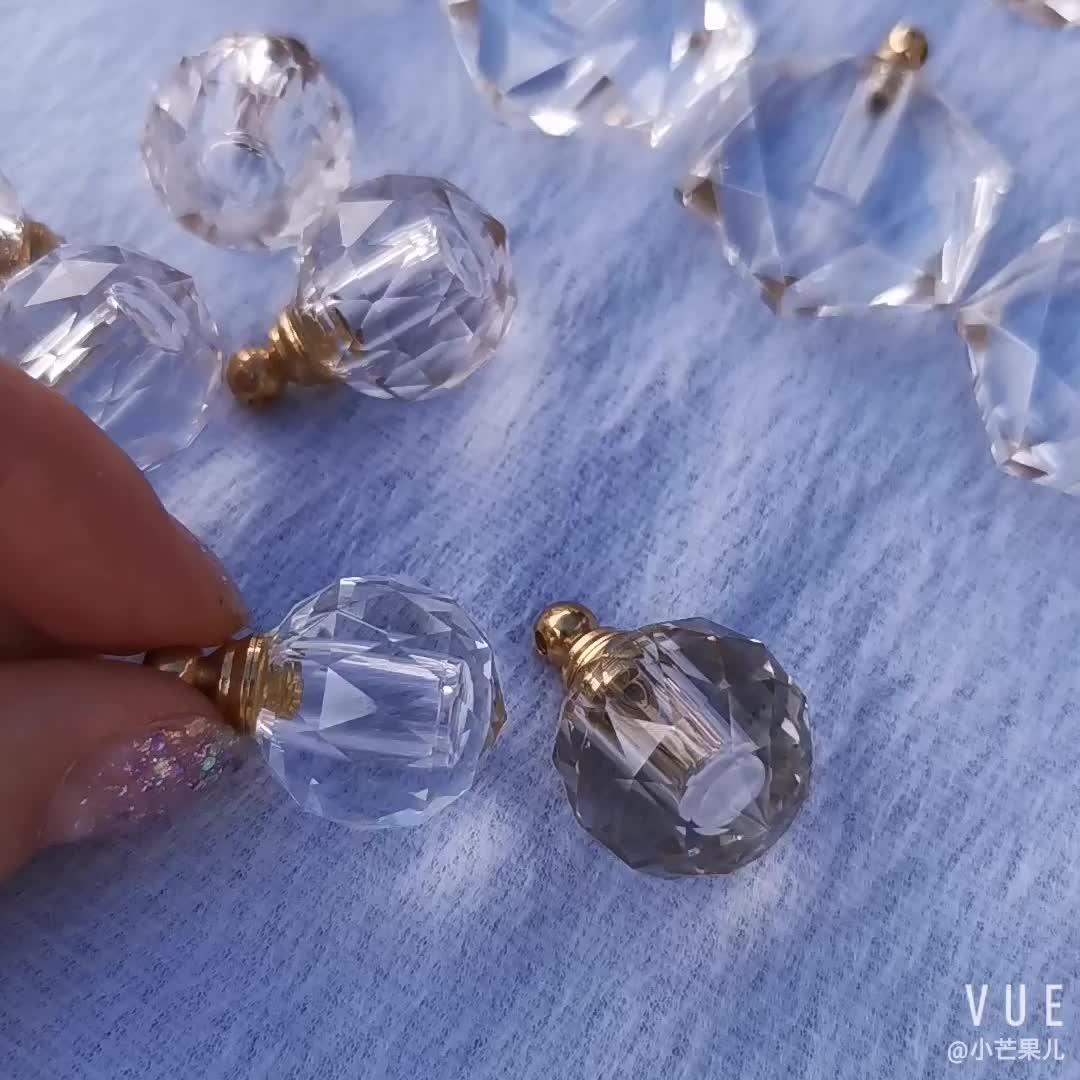 En gros Naturel Fluorite Arc-En-Ciel Bouteille De Parfum En Cristal Sculpté À La Main Bouteille De Parfum pour Collier