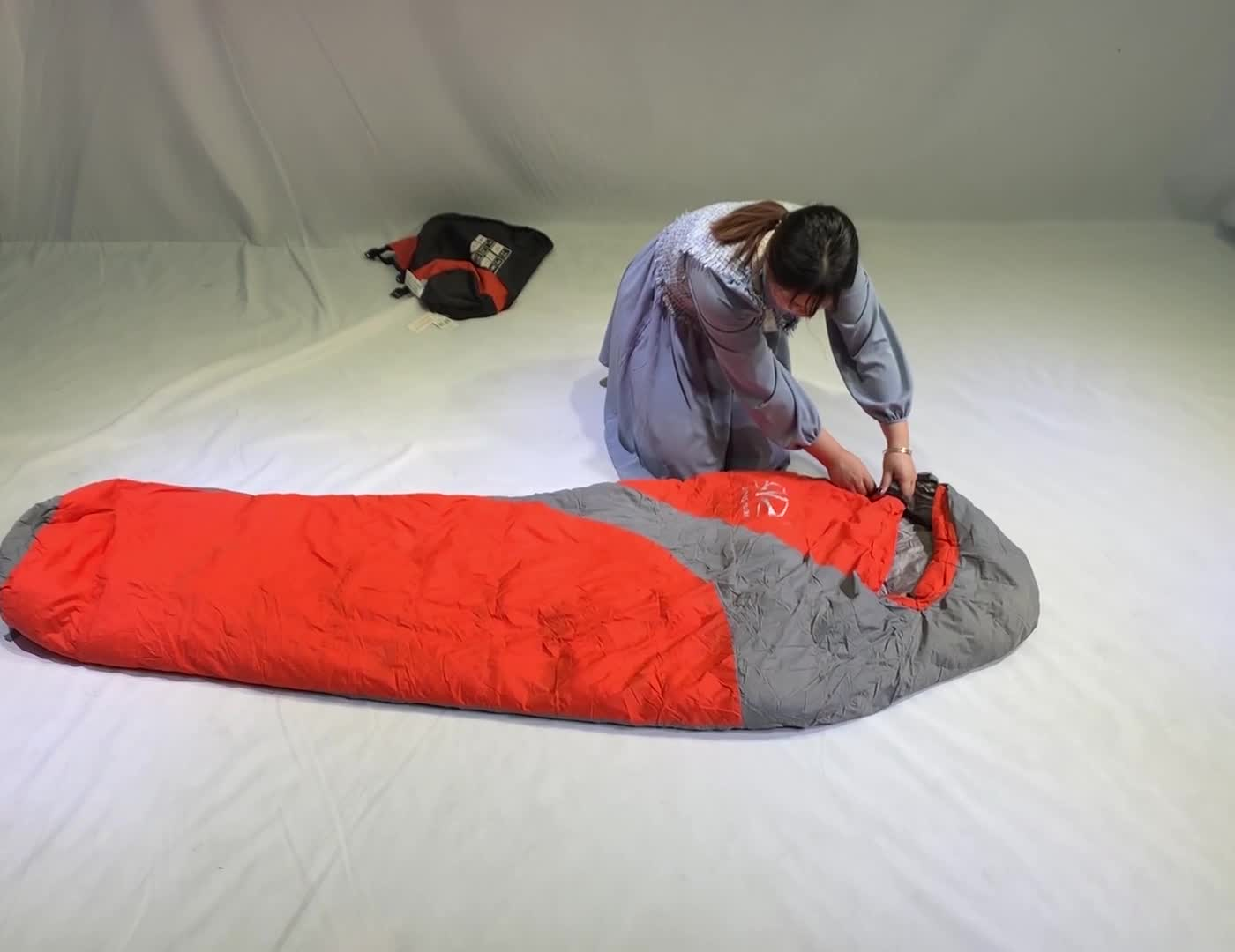 Lightweight Single Winter Cotton Compact Camping Sleeping Bag Waterproof Cold Weather Thick Hiking Mummy Sleeping Bag