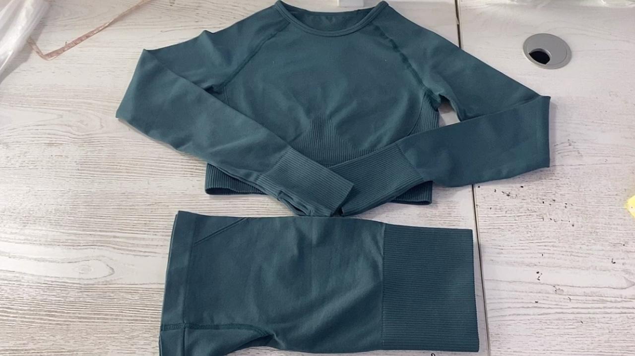 BR 2021 donne vestiti di yoga senza soluzione di continuità pantaloncini set delle donne a maniche lunghe set di fitness squatproof breve attivo da ginnastica a due pezzi dei vestiti di usura