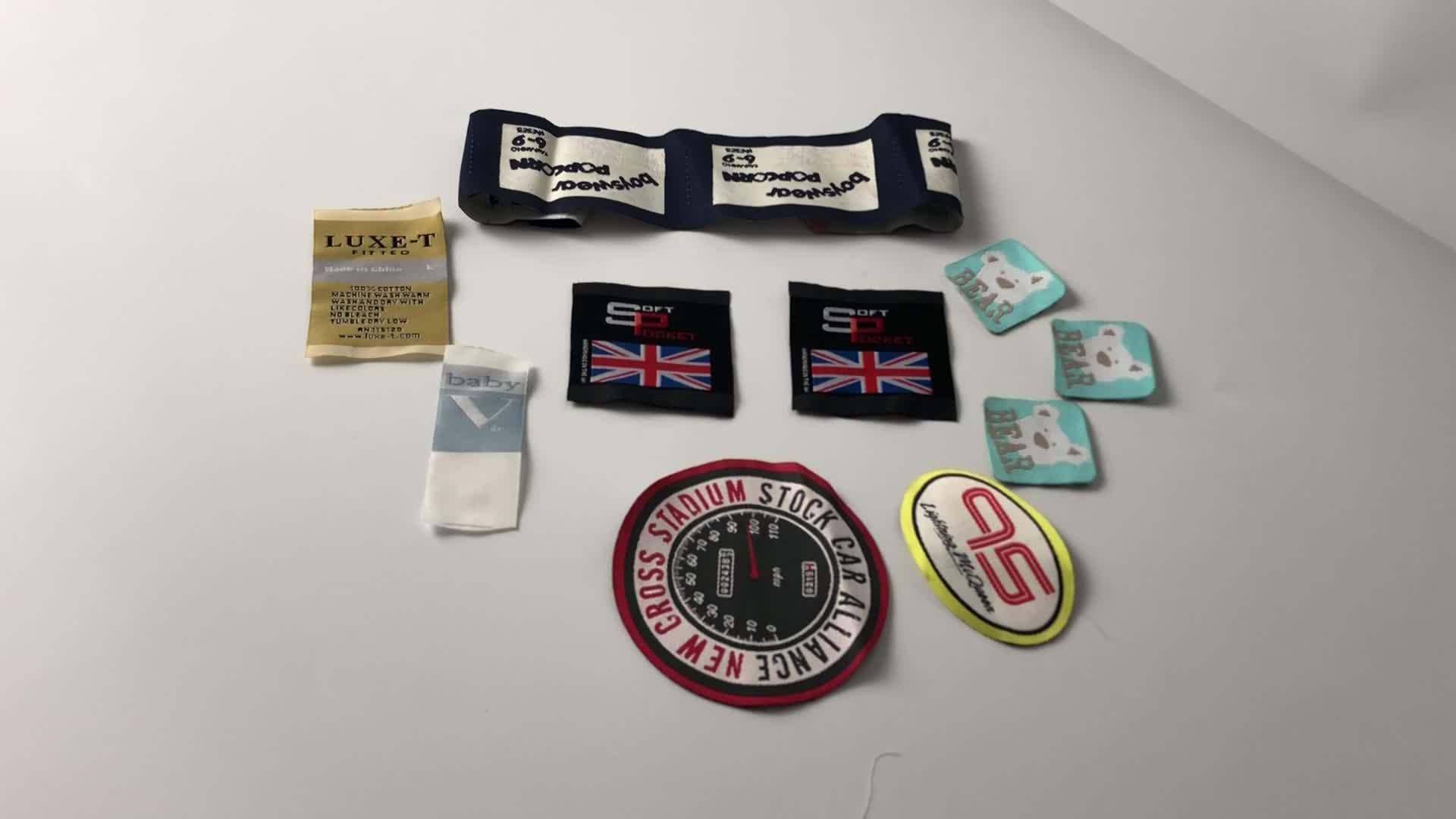 Giyim aksesuarları özel marka adı logosu damask dokuma etiket konfeksiyon giysi etiketi özel dokuma etiket giyim