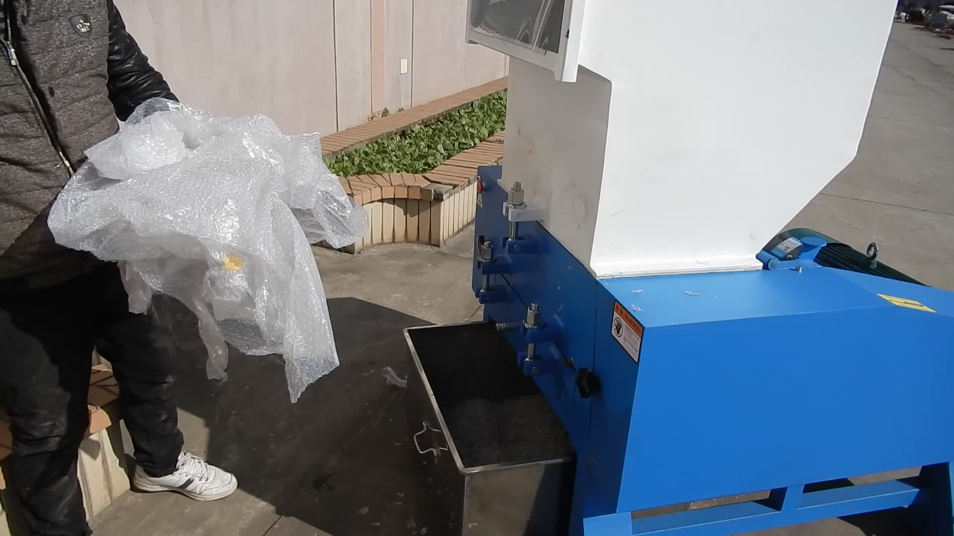 used small plastic recycle grinder crusher for sale
