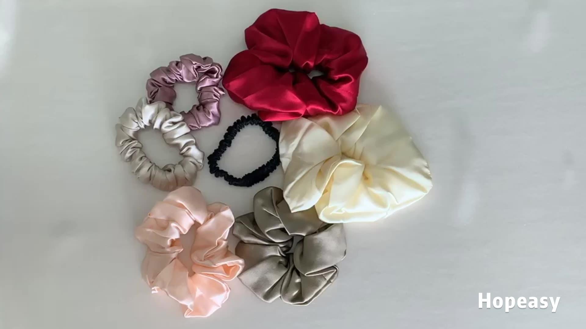 다채로운 순수 실크 Scrunchies in Hairbands 탄성 Scrunchies 단색 어머니의 선물