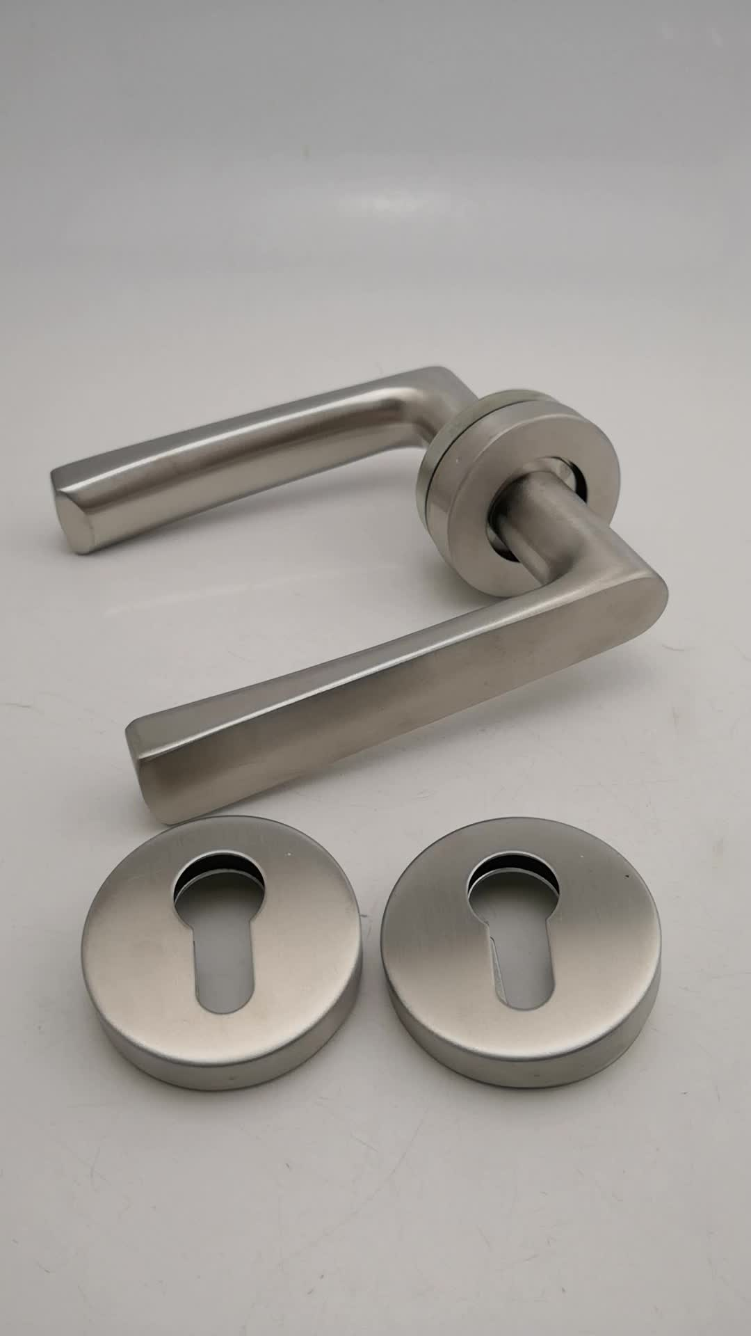 Hot sell stainless steel three-level double bend handle for door and window