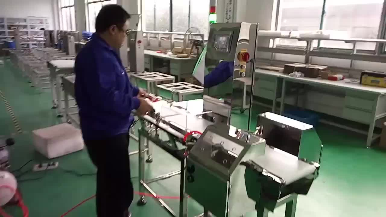 High Precision conveyor weighing scale Food Check Weigher Conveyor Weight Checker with metal detector pusher rejector