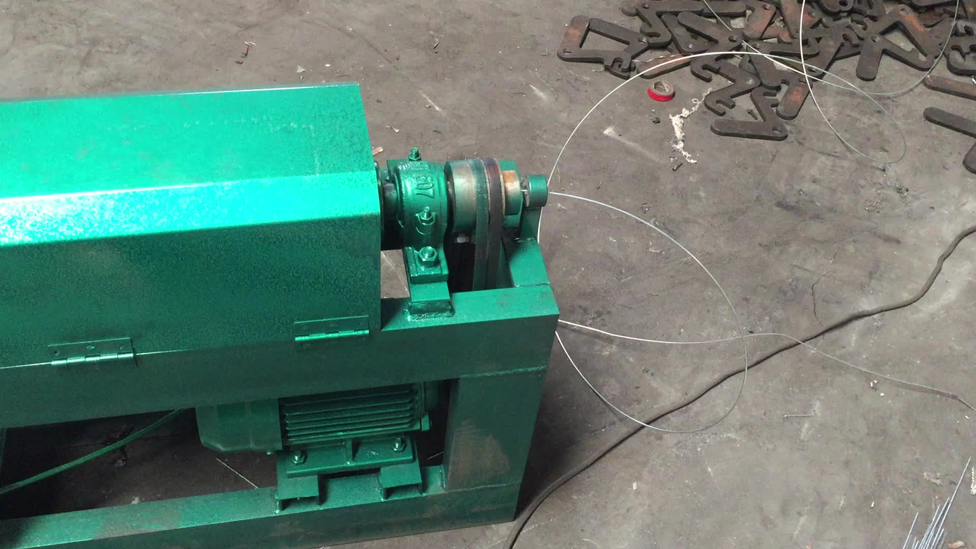 Automatic straight and cut metal wire machine