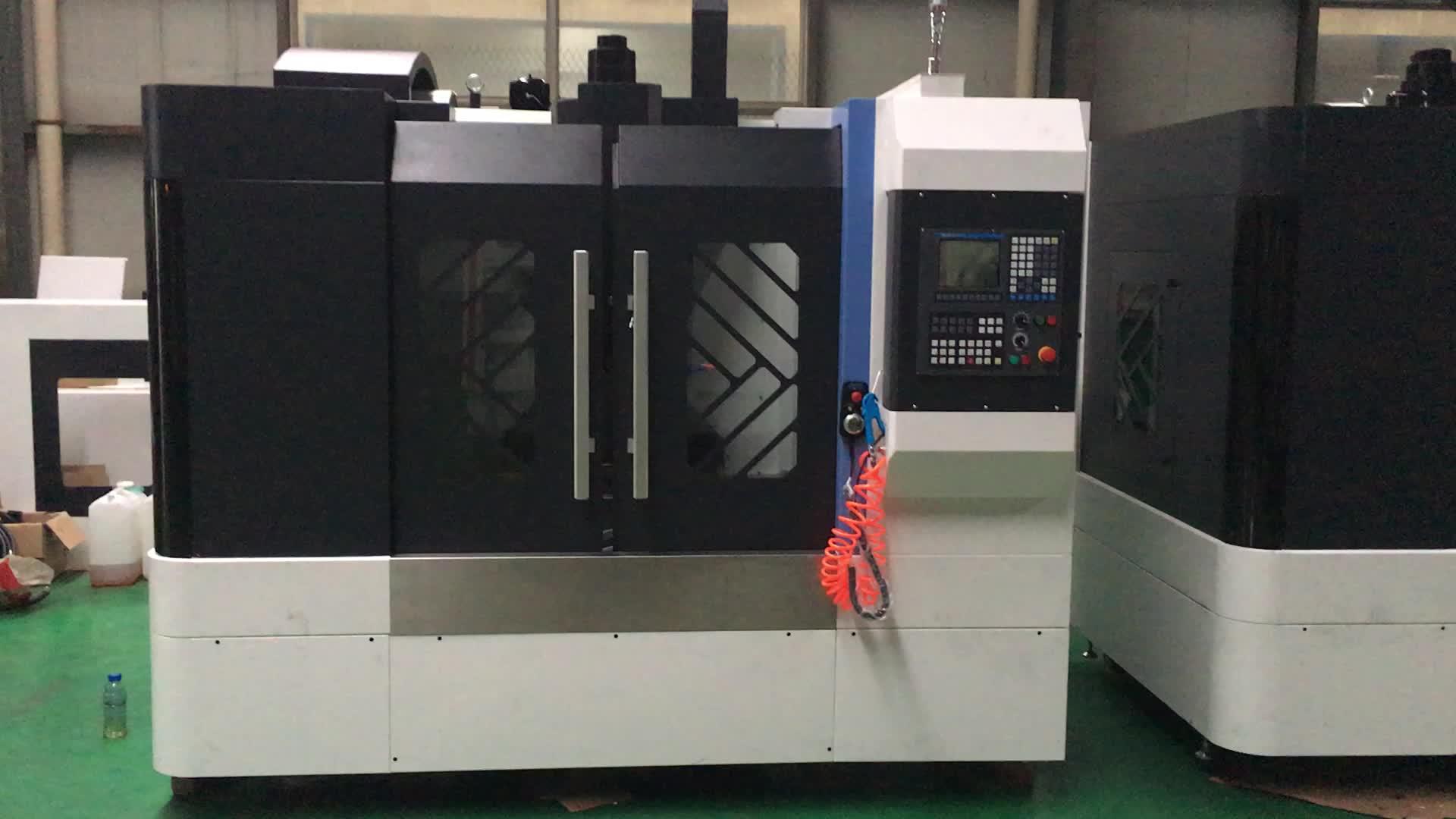 Kaliteli Çin dikey cnc işleme makinesi fiyat VMC 650 850