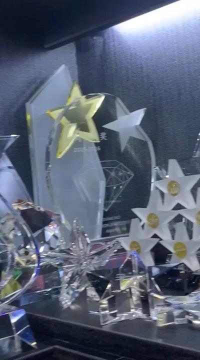 Star Crystal Trophy Quà Lưu Niệm Cho Khách Đám Cưới Trang Trí Pha Lê