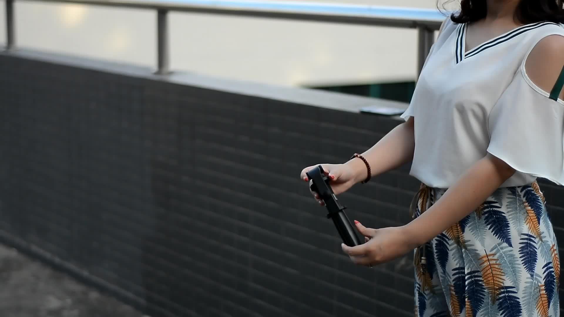 มินิพับ Monopod Selfie Stick Remote Shutter สำหรับโทรศัพท์มือถือ Universal