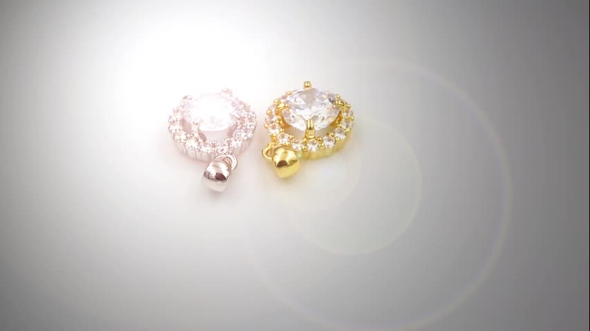 Ready stock Costume jewelry online Gold plated necklaces 5A cubic zirconia copper round shape pendants