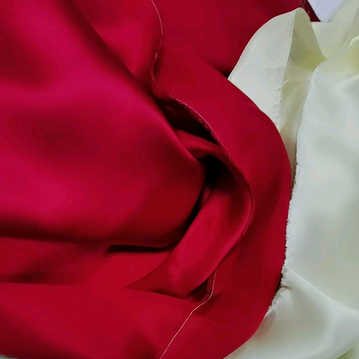 Wholesale 100% Pure Natural Silk Fabric桑16ミリメートルSilk Crepe Satin Natural Silk Fabric