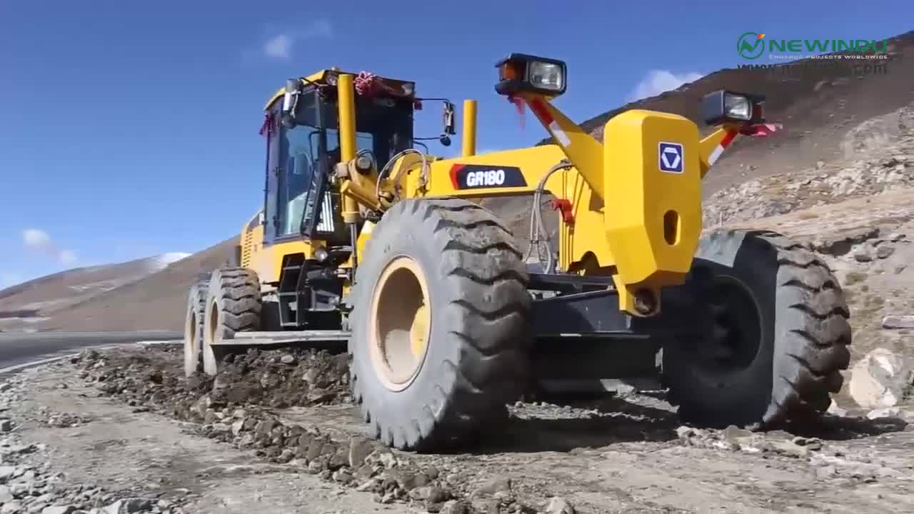 XCM GR1803 Motor Grader With Blade and Rear Ripper