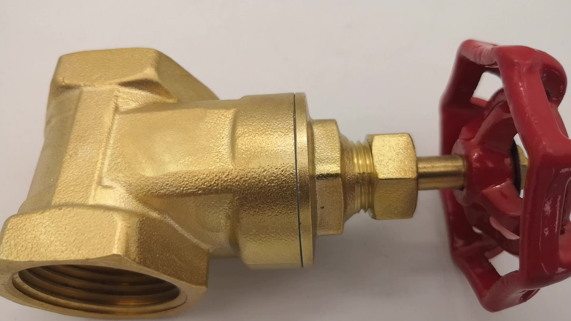 200 Wog PN16 Brass Thread Gate Valve for Water