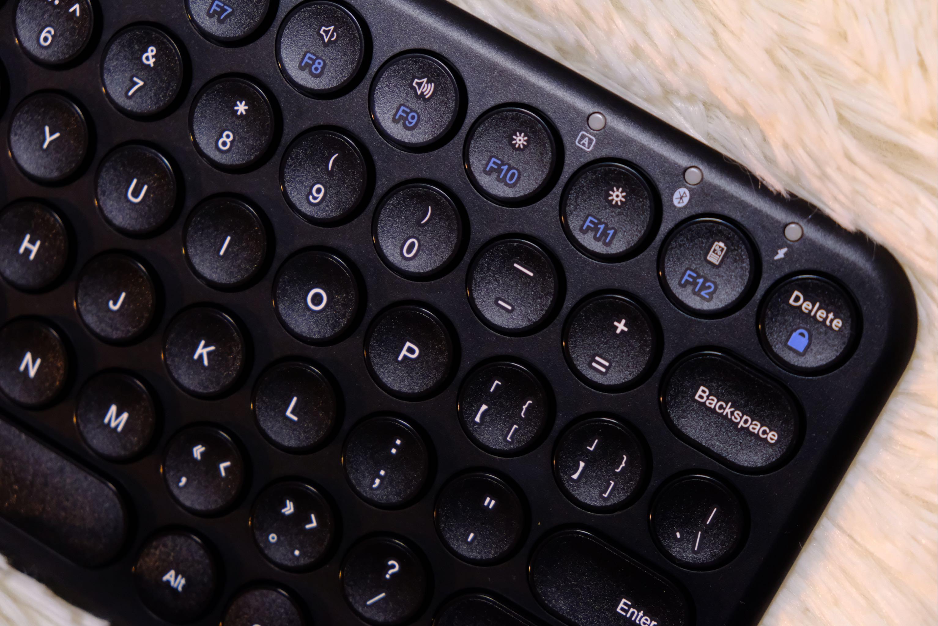 bow航世蓝牙键盘