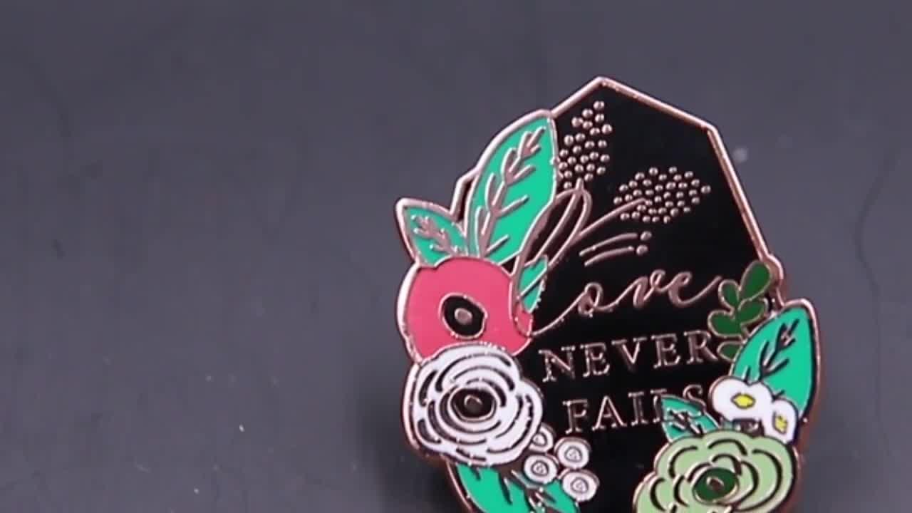 Custom national flag pin badge new design metal pin badge
