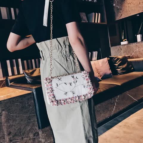 New Design Embroidery Women Popular Handbag Luxury Chain Shoulder Bag