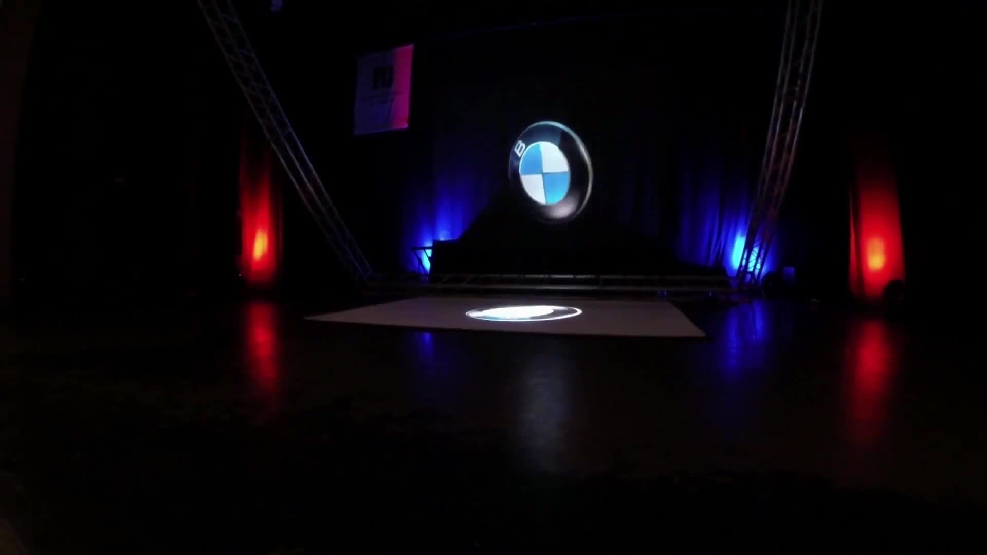 how to make a large 3d hologram projector at home