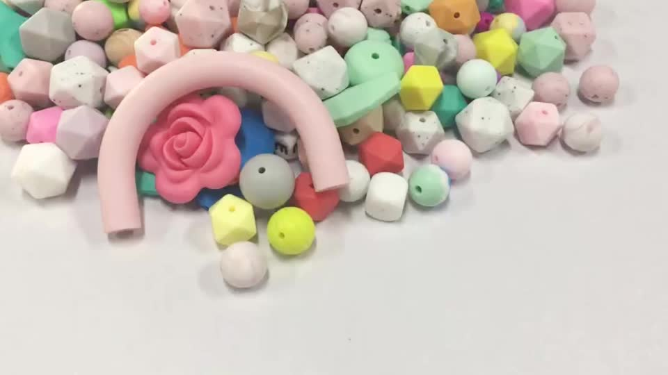 Food Grade BPA Free Silicone Teething Beads Mix Color With Animal Shape