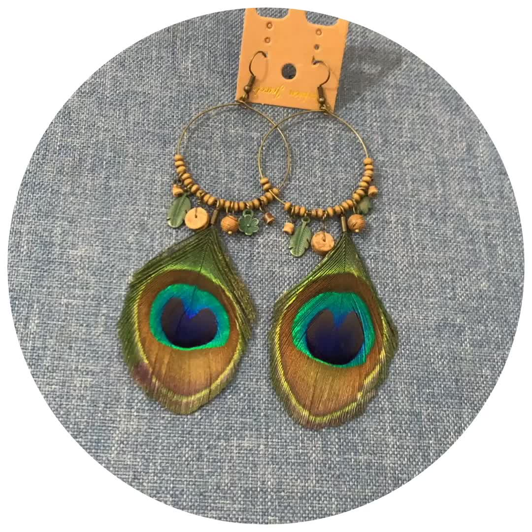 2020 Spring New Bohemian Wood Beading Peacock Feather Earrings Lightweight Feather Dangles Earrings