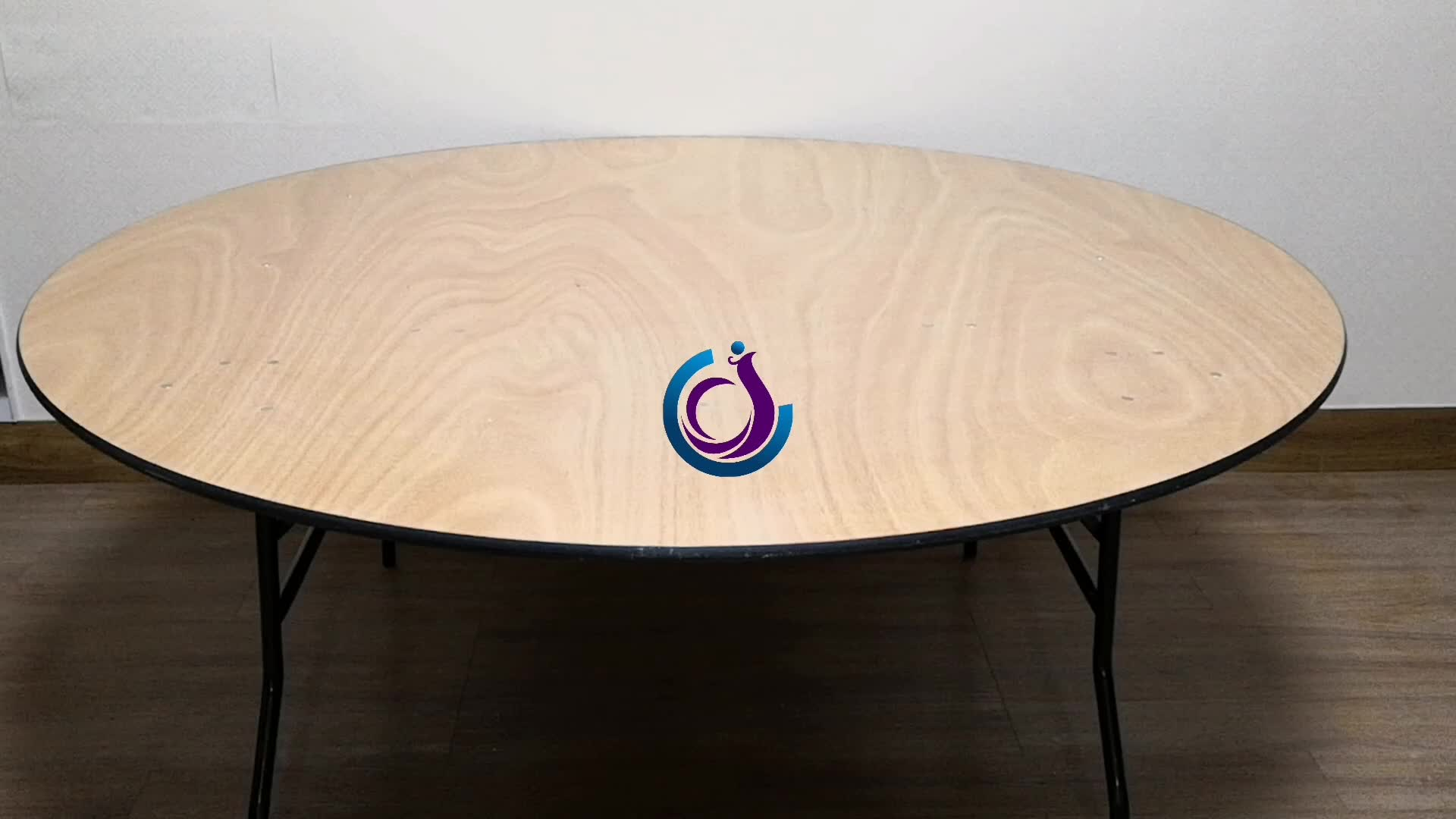 """6ft / 72"""" Round Plywood Banquet Folding Tables"""