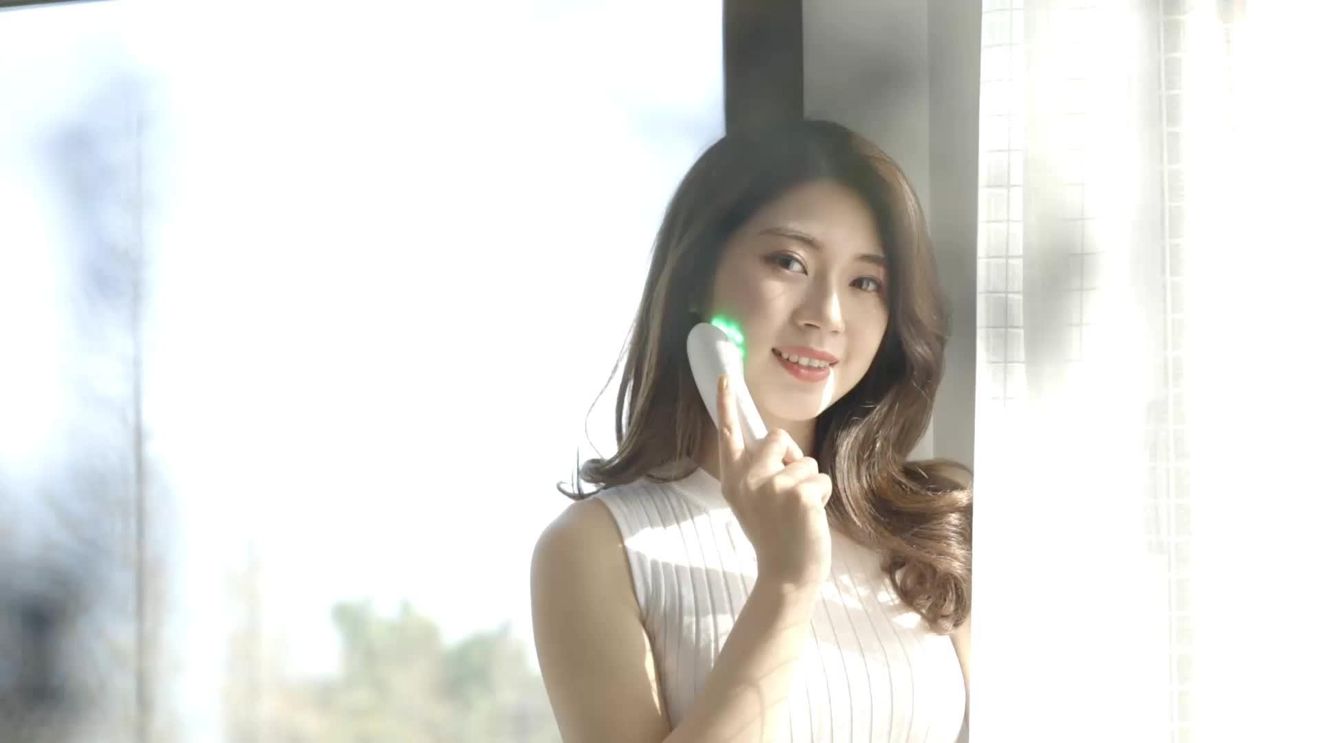 Tốt nhất cầm tay led liệu pháp ánh sáng đỏ cho ở nhà sử dụng nếp nhăn trên khuôn mặt điều trị trẻ hóa thiết bị