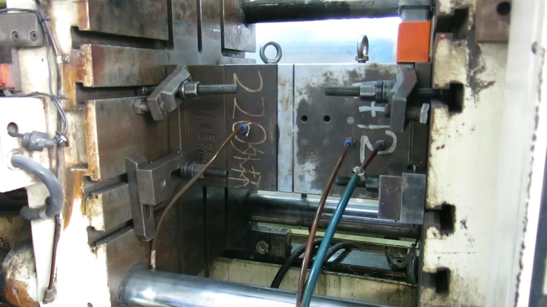 heißer Verkauf 16oz benutzerdefinierte isolierte Kunststoff Doppelschicht Tumbler mit Stroh und Deckel