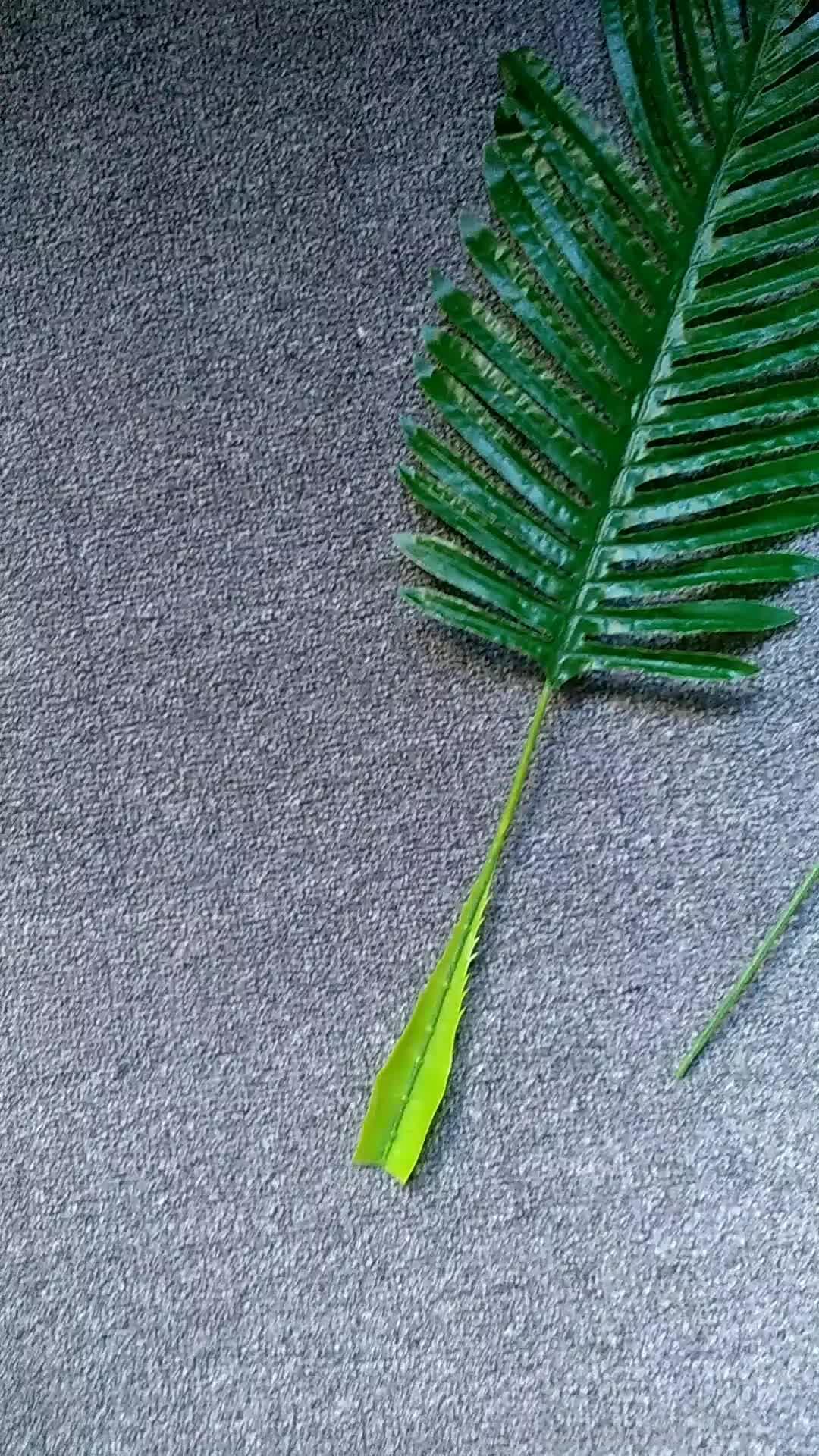 Commercio all'ingrosso Foglie Tropicali Coperta Singola Decorazione Verde piccola foglia singolo ramo di plastica foglia artificiale pianta decorativa