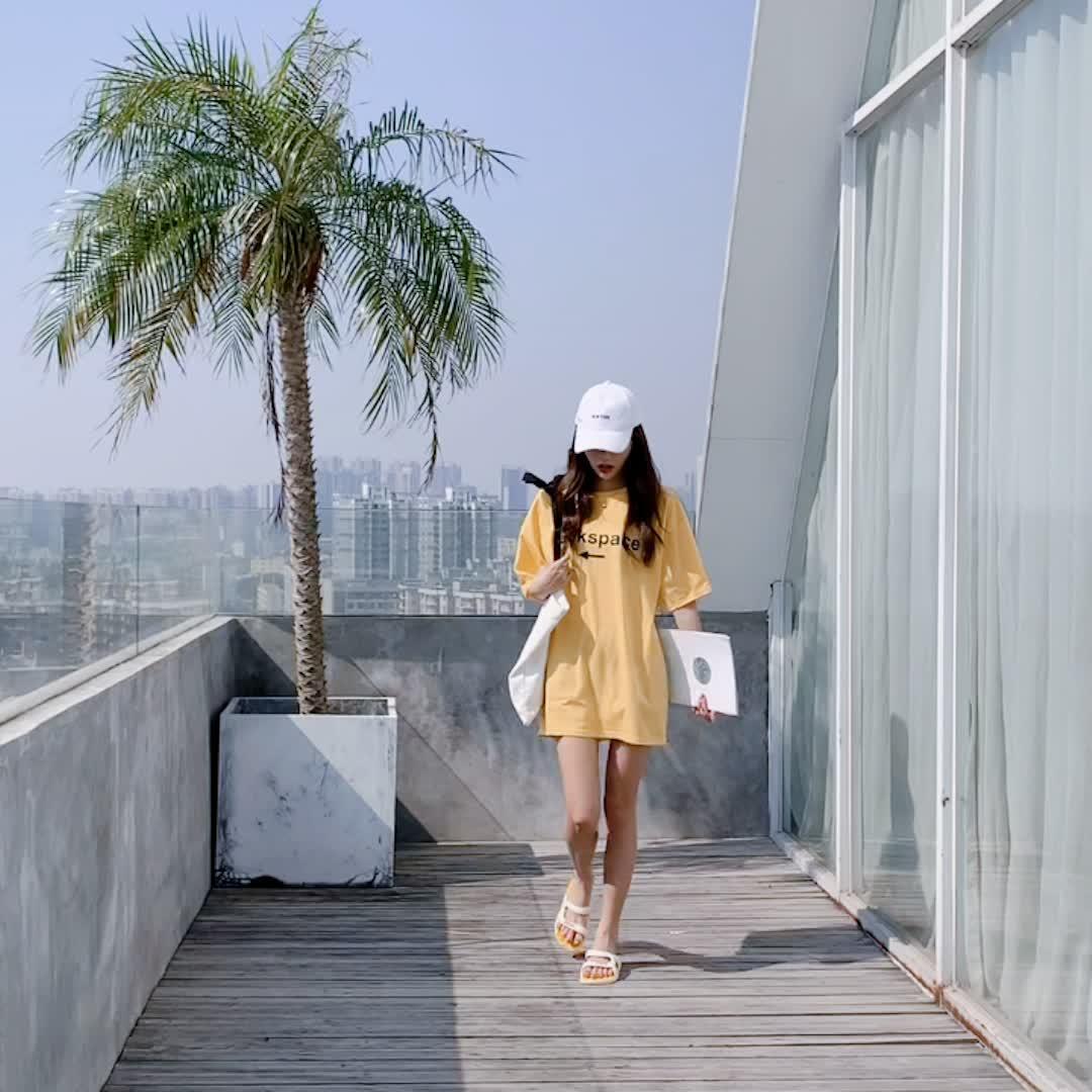 Dép nữ thời trang triều Waichuan ins từ với dép 2020 mới dép màu đỏ hoang dã và dép nữ mùa hè ra net