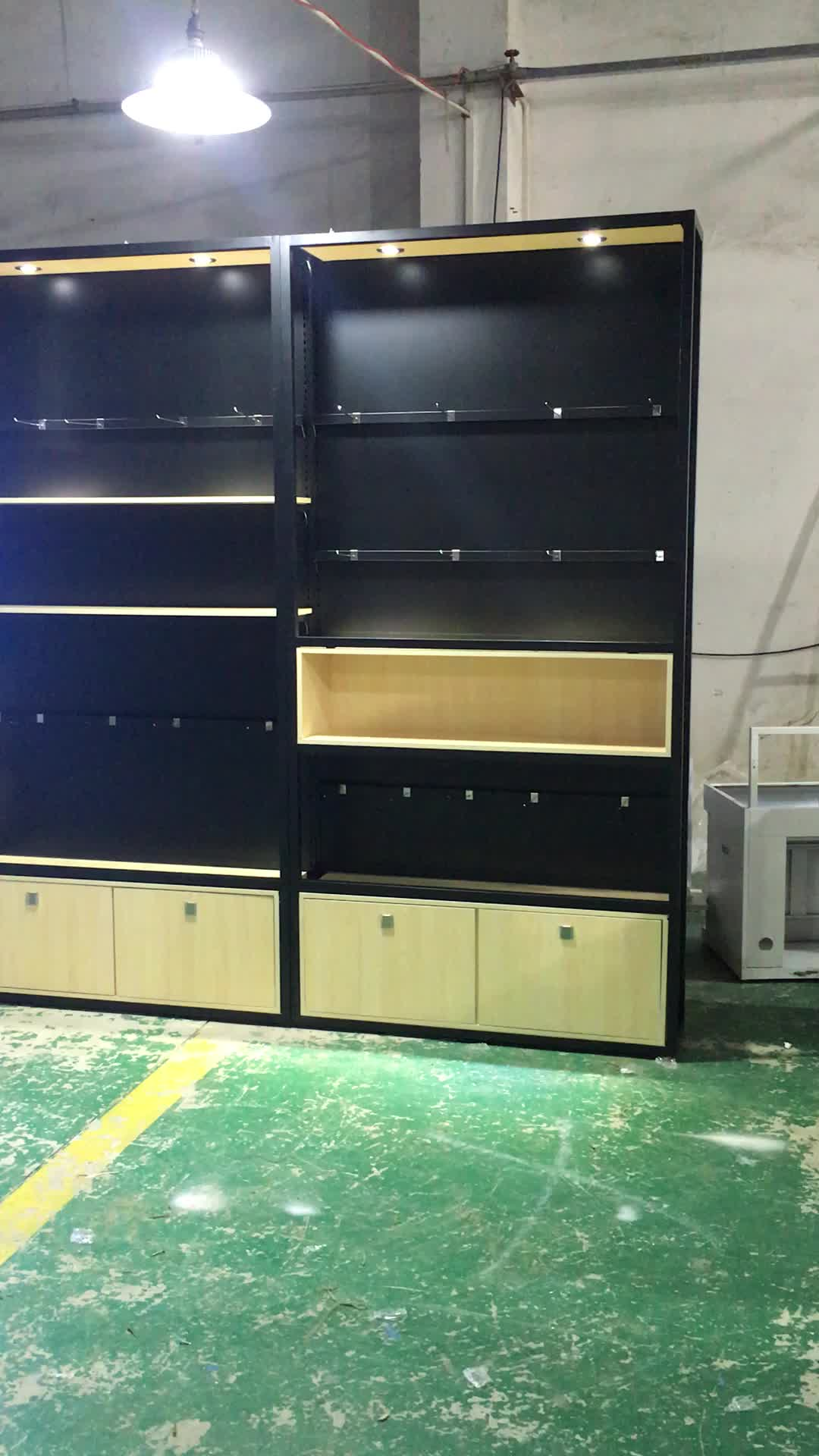 RECHI Custom Wood and Metal Retail Display Units for Electronic Accessory in Retail Digital Lifestyle Store