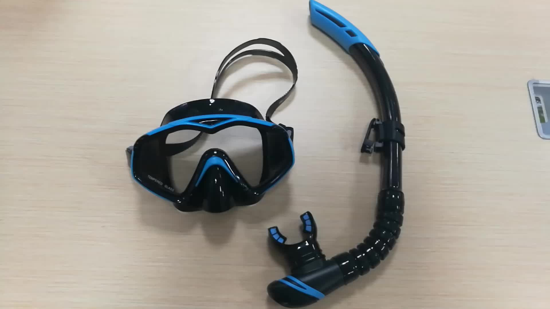 New design full face mouthpieces breathe underwater diving swimming anti fog mask set