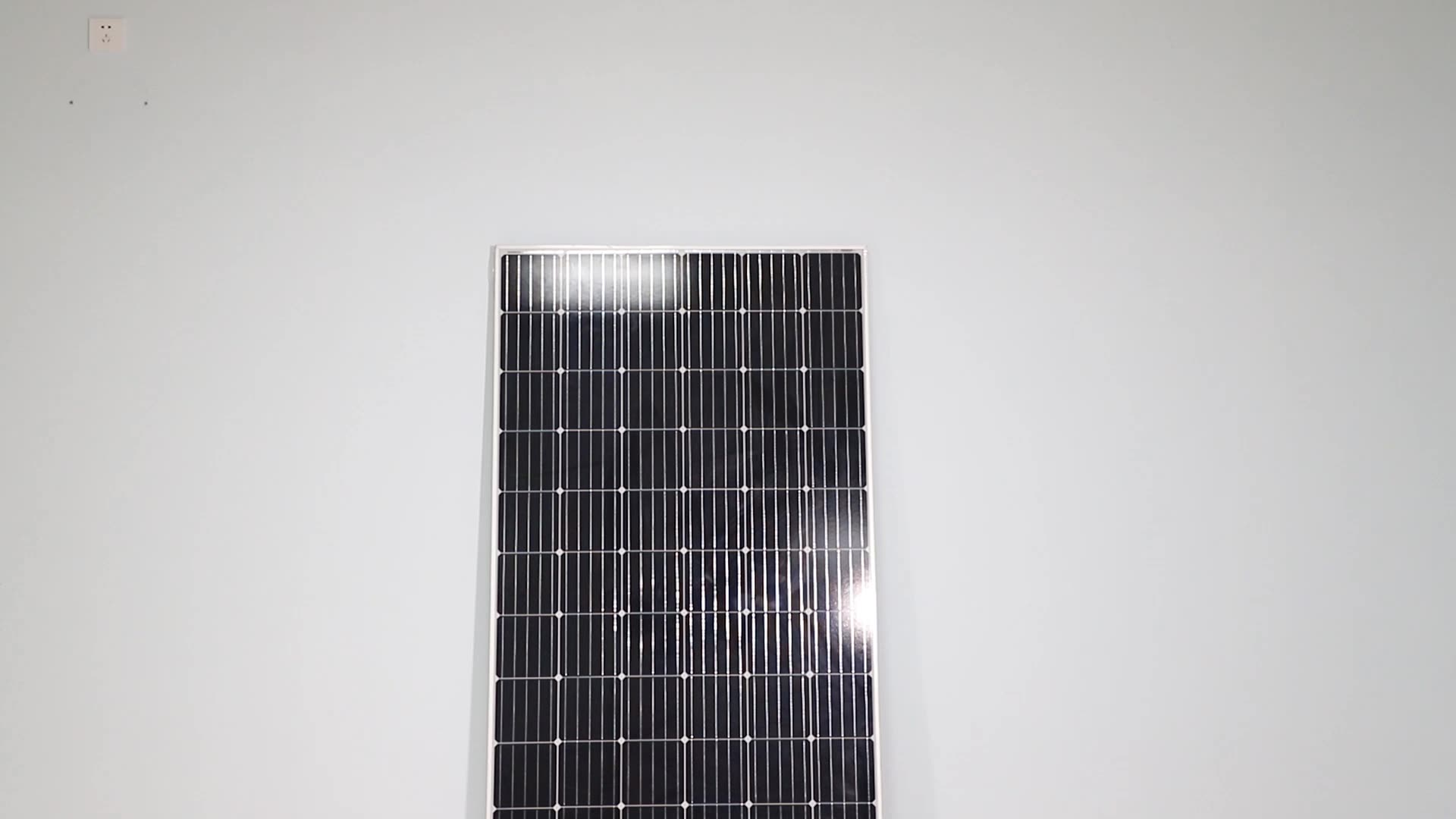 Factory Price Home Use 270W 280W 300W 380W Poly/Mono Solar Panel 18V Modules Solar Cell Plate