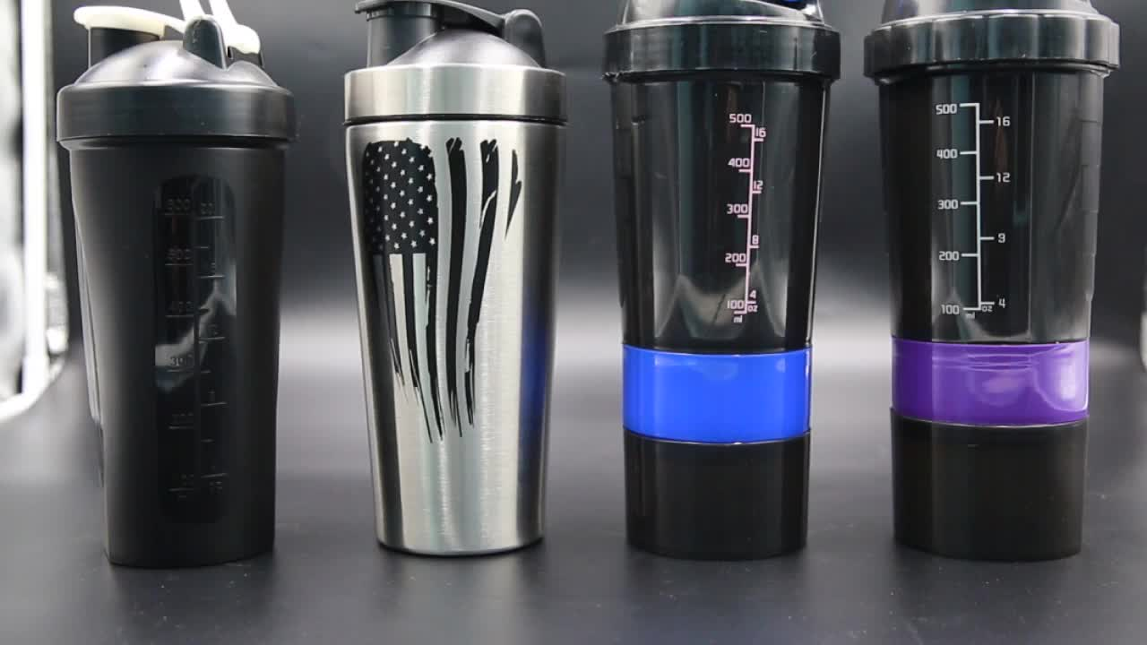 مخصص صديقة للبيئة البلاستيكية خلاط الرياضة رياضة زجاجات مزيج المياه بروتين شاكر 400 مللي عينة مجانية